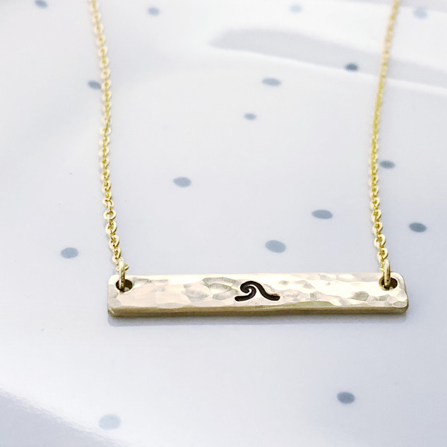 wave bar necklace gold