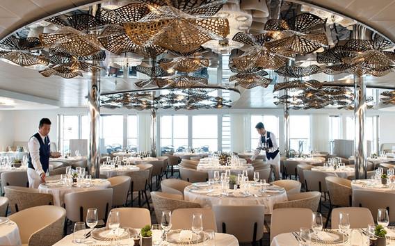 cruiseship_restaurant.jpg