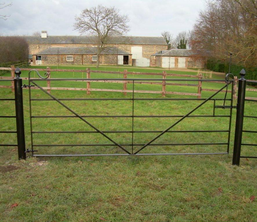 Field Gates 02.JPG