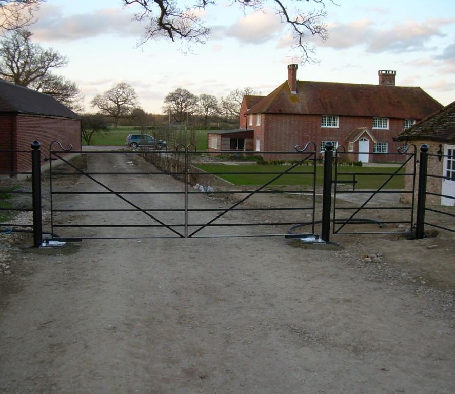 Field Gates 17.JPG