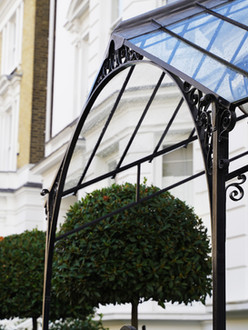 Traditional London canopy
