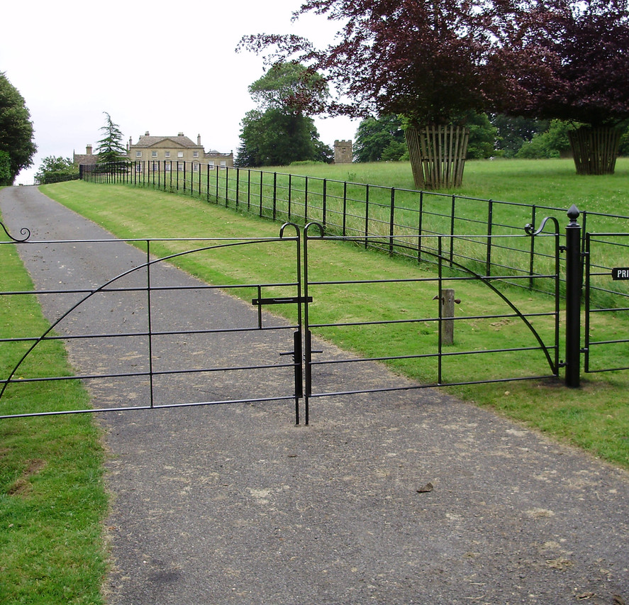 Field Gates 14.JPG