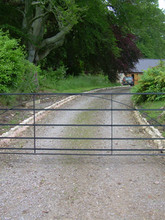 Field Gate Arc design