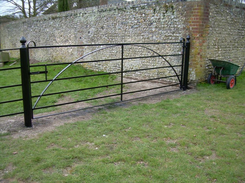 Fabricated Steel Arc Field Gate