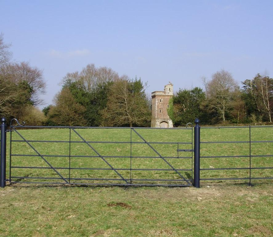 Field Gates 01.JPG