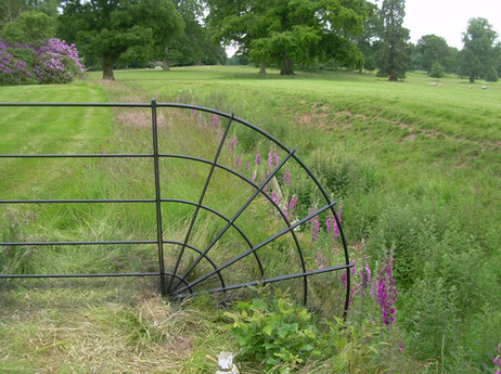 Quadrant Fence