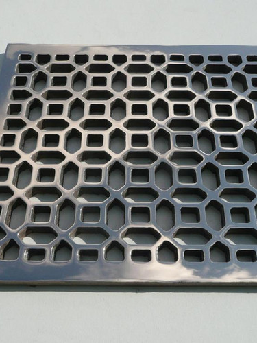 Bespoke cast and polished bronze grille