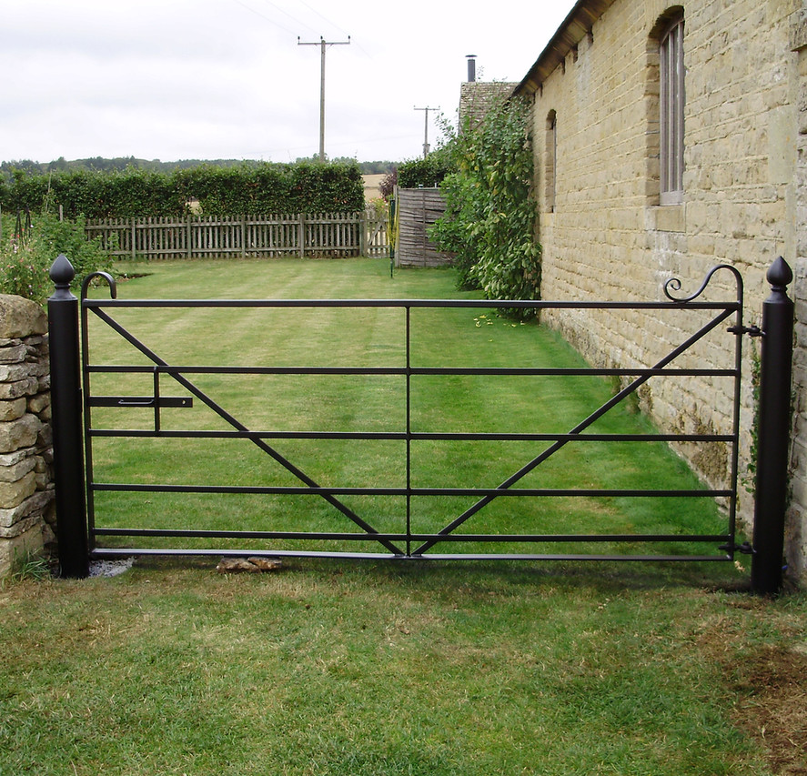Field Gates 09.JPG