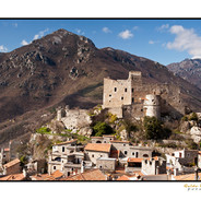Castelvecchio di Rocca Barbena.jpg