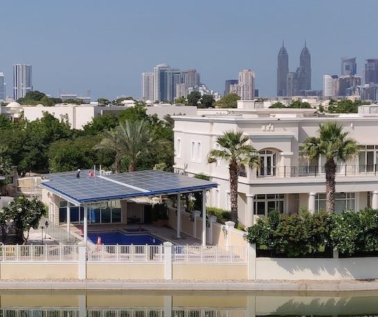 Emirates Hills, Emaar