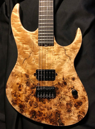 Raato Custom Guitars, ObliteRaatoR 6-string electric guitar, poplar burl top, Raato Artist, Karri Hänninen, Sähkökitara, kitara, custom kitara, Bare Knuckle Pickups Ragnarok, Hipshot hardware, Suomalainen soitinrakentaja