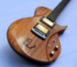 Raato Custom Guitars LeFrohmage Custom Electric Guitar with Graph Tech Ghost Piezo bridge custom inlay Bare Knuckle Pickups Hipshot O-Ring Knob Grip-Lock Tuning Machines Sähkökitara suomesta