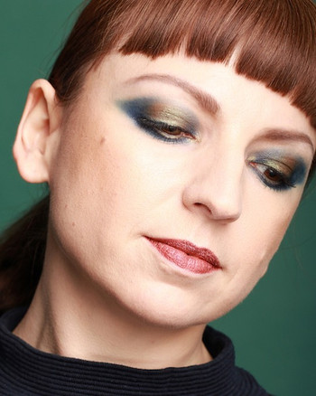 Evening look - deep green and gold