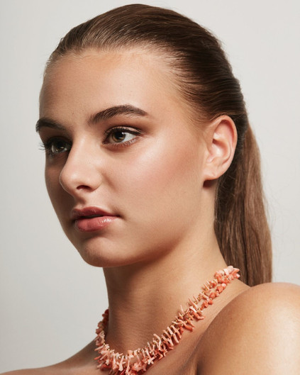 Beauty shoot with jewlery