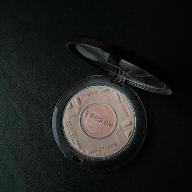 By Terry - Compact-Expert Dual Powder