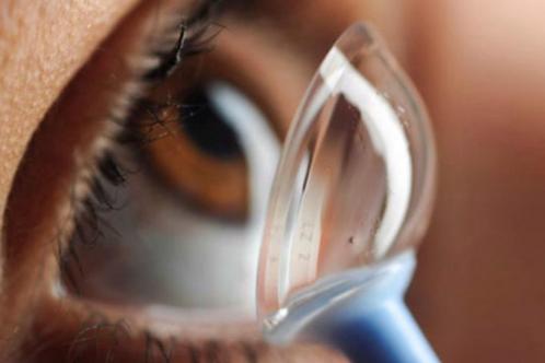 Par de lentes de contacto esclerales