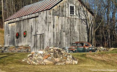 Vermont Barn with Wreath