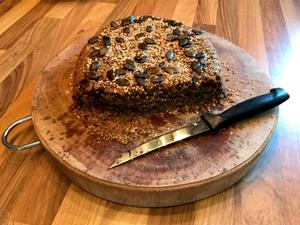 Laufinstinkt+® Bio-Grünkern-Estragon-Brot selbst gebacken A