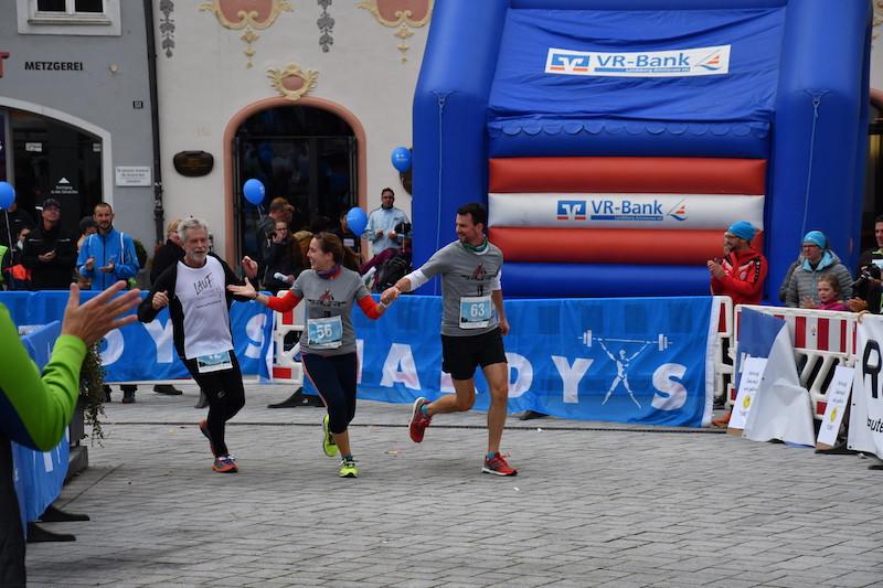 Laufinstinkt.de CvL-2v2 Halb-Marathon Bild 1