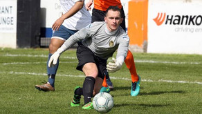 STOPPER NEESON SIGNS UP