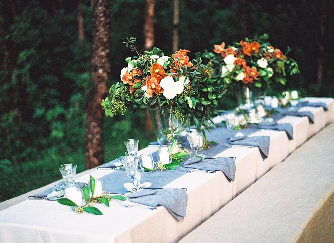 Floral dinner setting