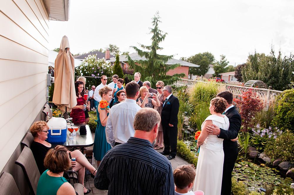 small backyard wedding photos