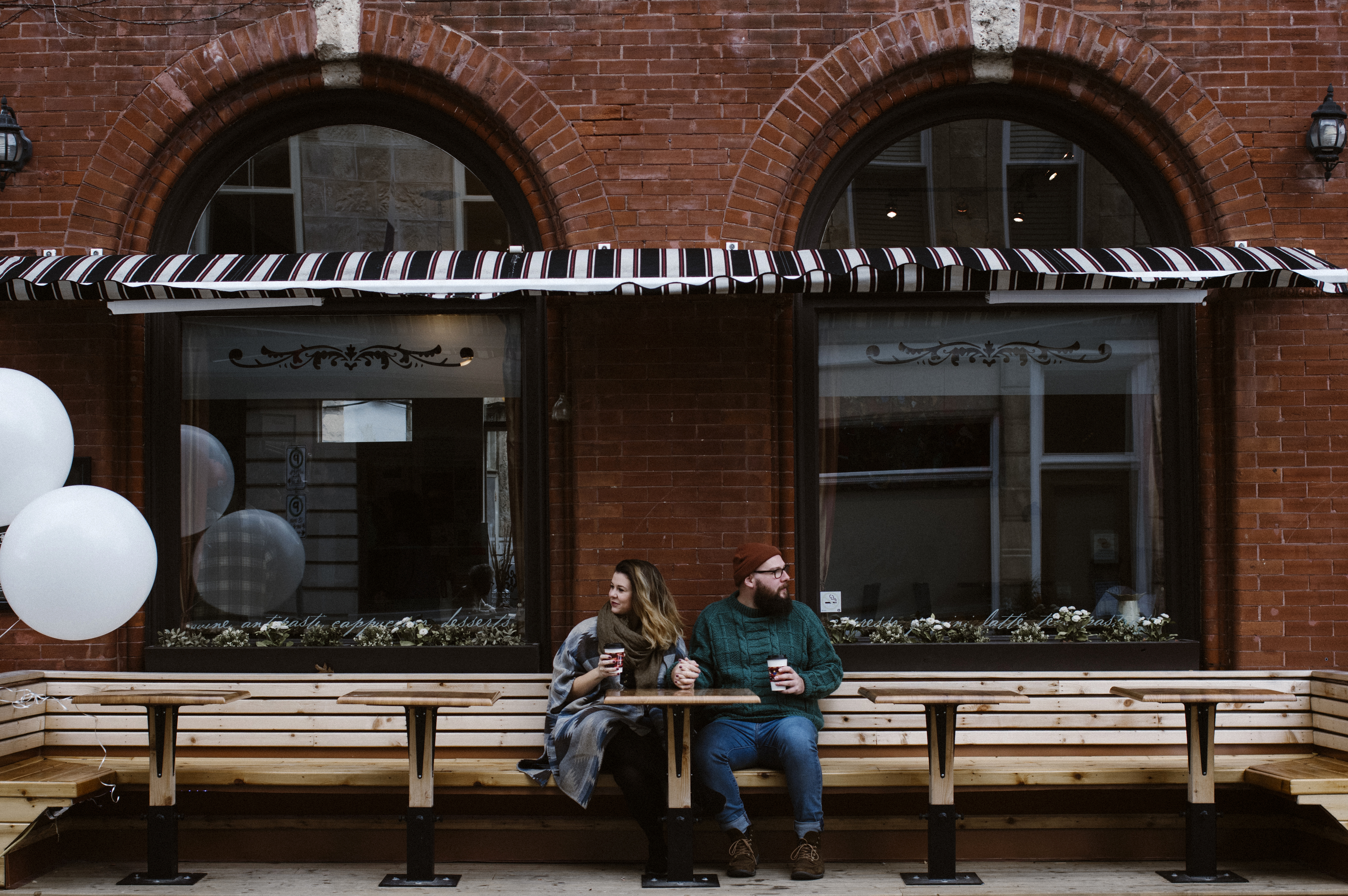 Red-Brick-Cafe-Engagement-photos