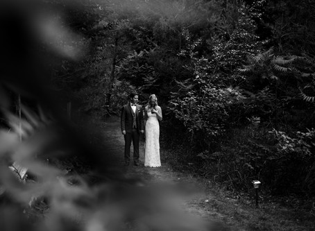 Romantic Backyard Wedding | Blue Mountain Wedding Photographer