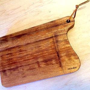 "Koa cutting Board 15.5""W x 8""H x 1""T"