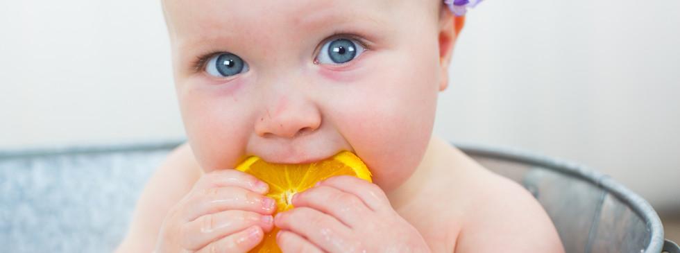Servizio Fotografico Bagnetto nel latte per bambini | Perego Silvia Fotografa | Lesa (Novara)