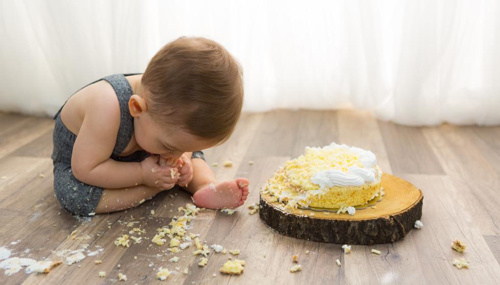 Servizio fotografico smash cake | Perego Silvia Fotografa | Lesa (Novara)