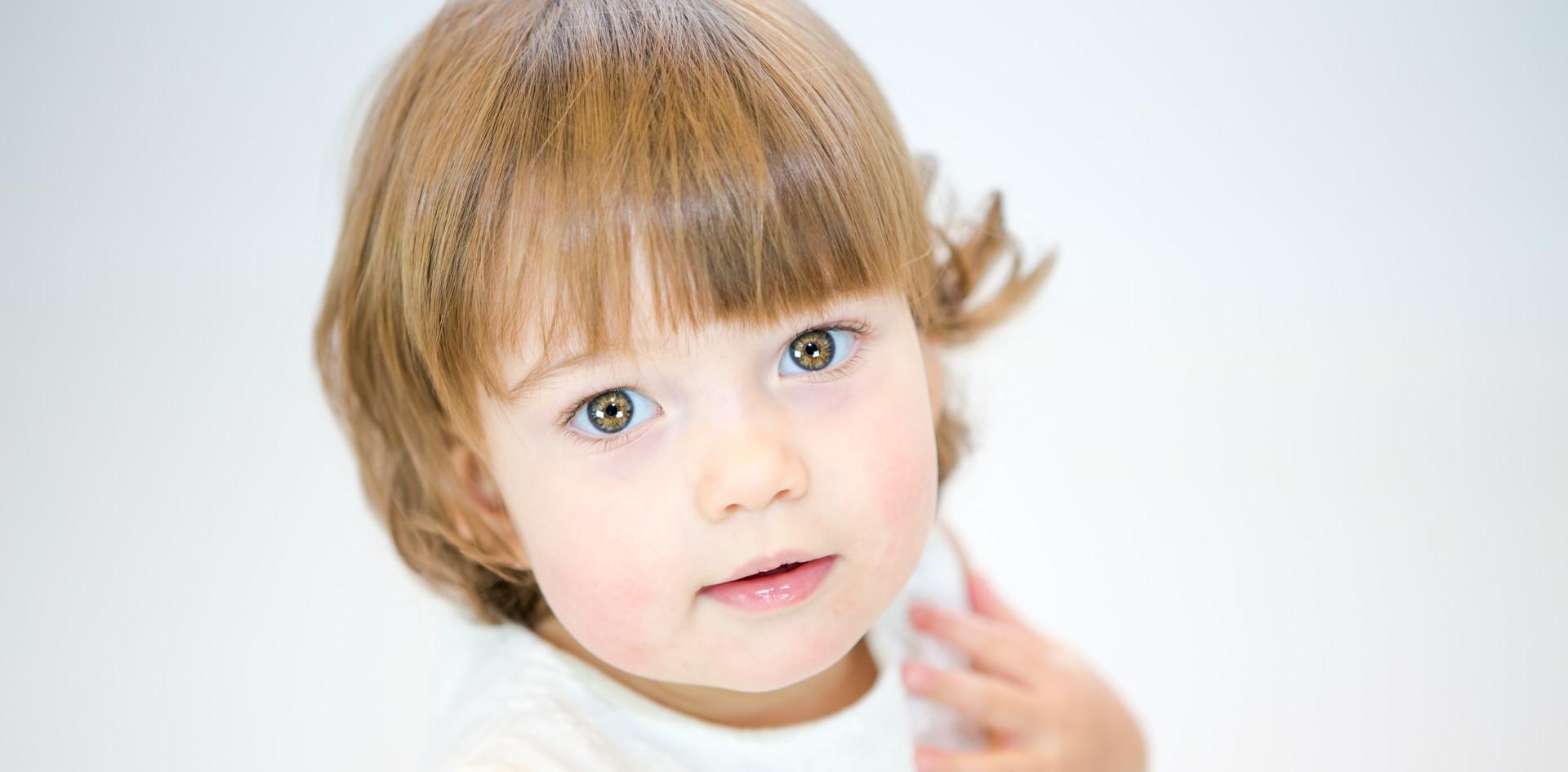 Perego Silvia Fotografa Lesa Servizio fotografico per bambini dai 6 mesi ai 6 anni