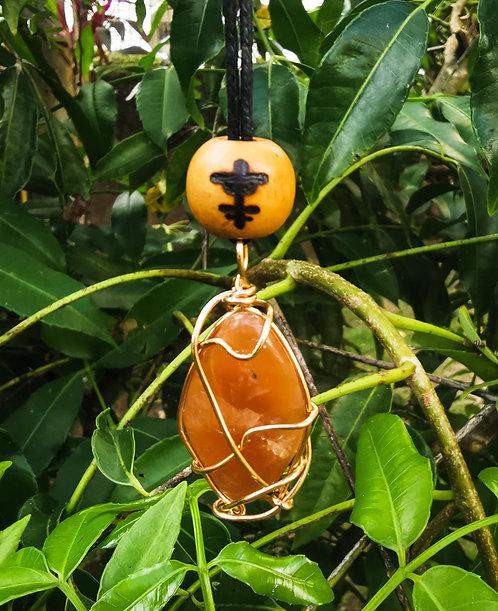 red selenite + okodee mmowere (bravery)・adjustable necklace