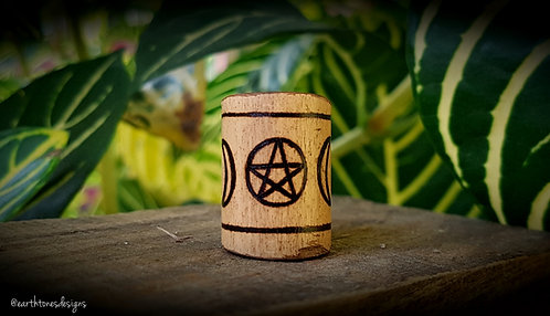 tri-goddess + pentacle・wood-burned bamboo loc bead