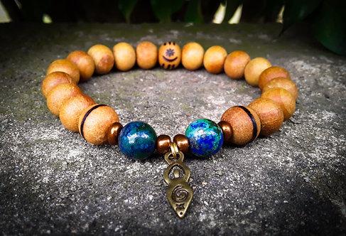 chrysocolla + goddess & osram ne nsroromma (harmony)・wood-burned bracelet