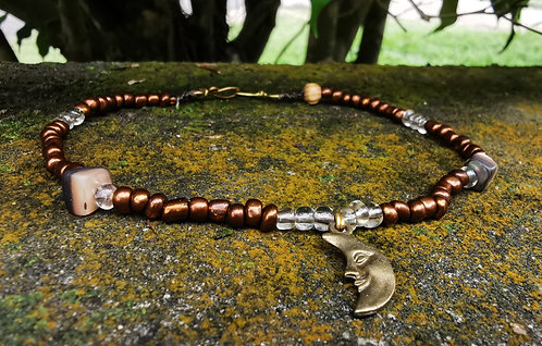 mother of pearl + moon w. bronze & clear・beaded anklet
