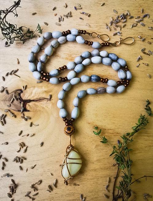jade & job's tears + osram ne nsoromma・beaded necklace