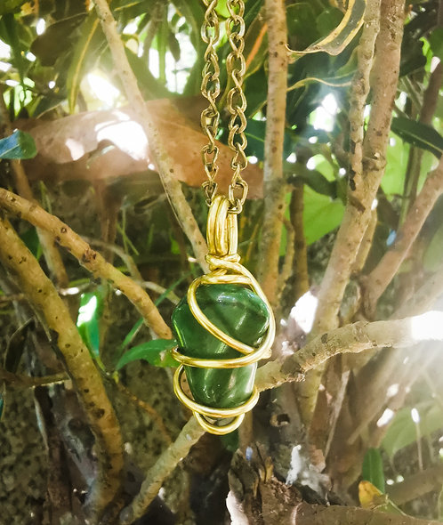 african jade (buddstone)・chain necklace