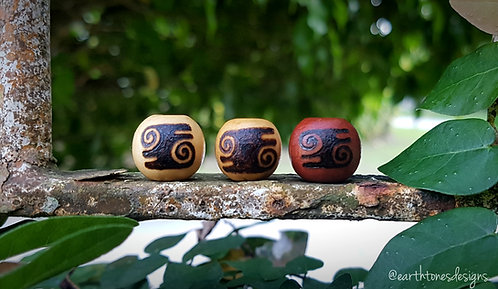 bravery (kwatakye atiko) adinkra symbol・wood-burned loc bead
