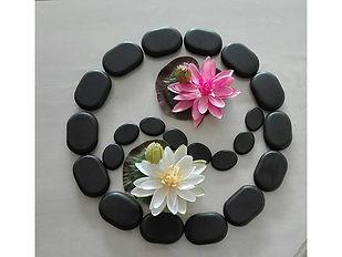 massage-pierres-chaudes-11.jpg
