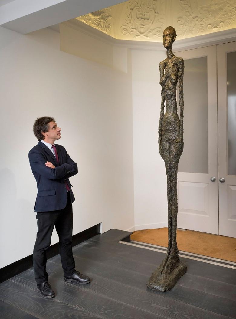 Giacometti art expert
