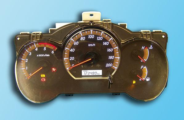 לוח שעונים טויוטה היילקס ויגו.jpg