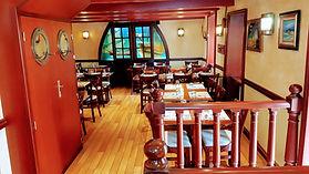 Crêperie bretonne traditionnelle La Frégate Guidel pays de Lorient  décor marin salle