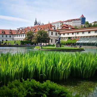 Brunetti Design Apartment Prague - Valdštejnský Palác
