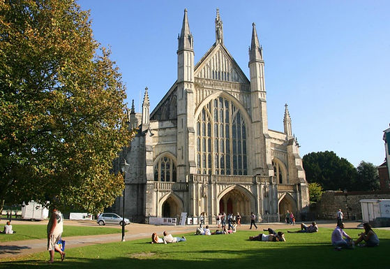 WINCHESTER  CATHEDRAL RESIDENCY