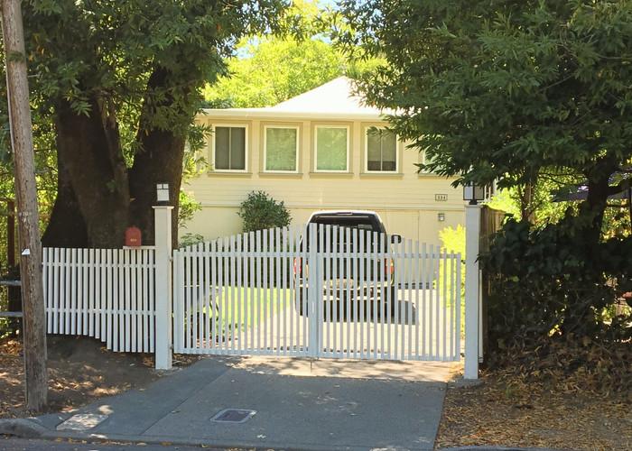 Fairfax Driveway Gate & Fence