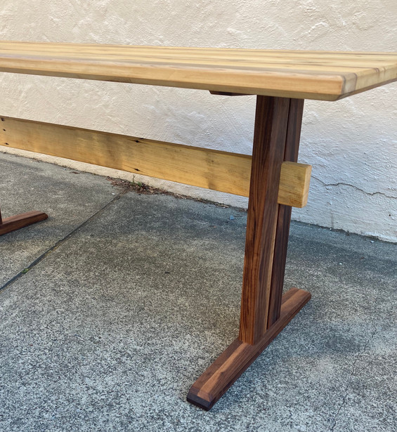 Trestle Table - Detail