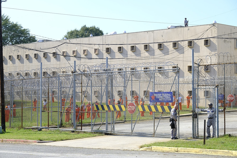 The Douglas County Jail (decommissioned) exterior from the Can Opener episode in MacGyver which plays the part of a Texas prison