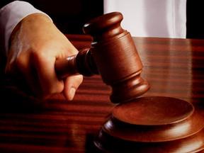 Justiça do Trabalho nega pedidos de indenização por dano moral coletivo.