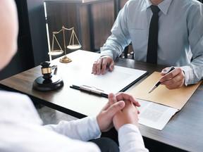 Empresa não pagará supostas horas extras reclamadas por trabalhador